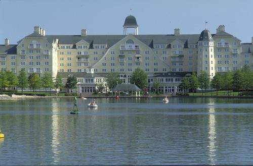 Newport Bay Club Disney hotel